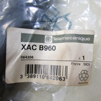 * NEW SEALDED TELEMECANIQUE XAC B960 XACB960 PENDANT CABLE SLEEVE