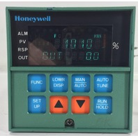 HONEYWELL UDC 3000 DC3002-0-10A-2-00-0111 TEMPERATURE CONTROLER