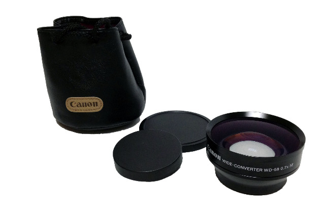 Canon Wide-Converter WD-58 0.7x58 Lens w/ Cannon Pouch