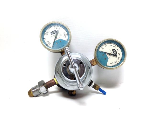Union Carbide Type R- Purox TSA-75-590 Linde Specialty Gas Regulator Gauges
