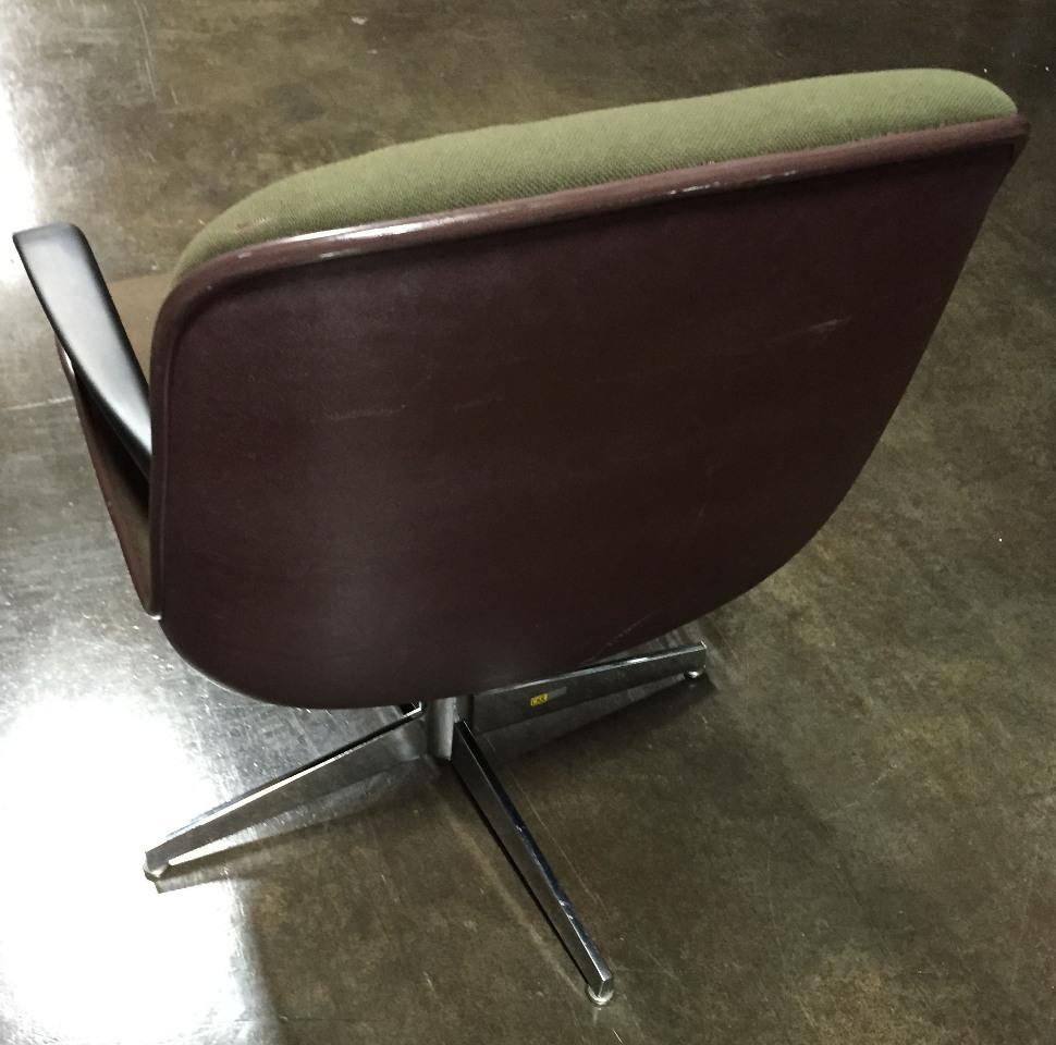vintage steelcase mid century modern executive office swivel chair 451322 ebay. Black Bedroom Furniture Sets. Home Design Ideas