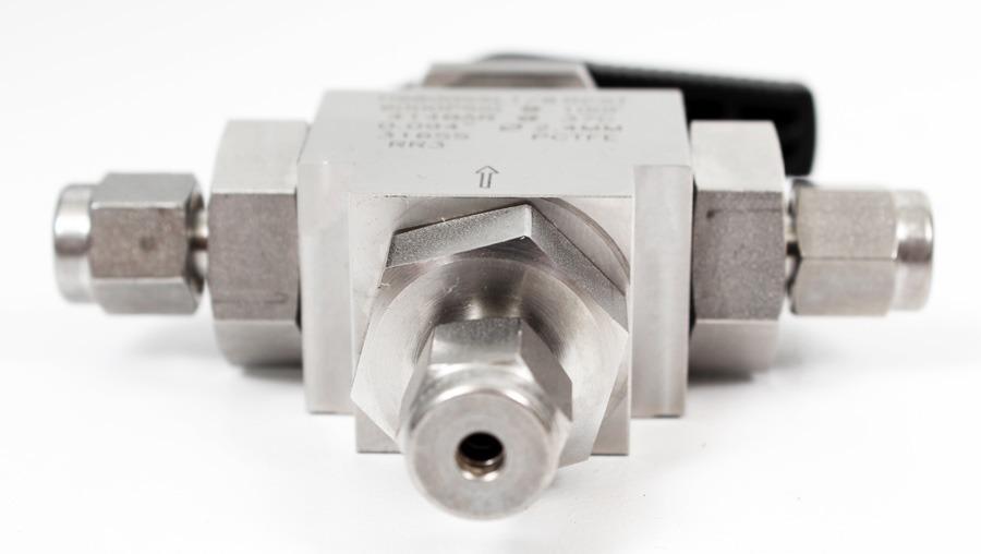 HAM-LET H6800SSL1/8 RCST Stainless Steel 3-Port LET-LOK ...