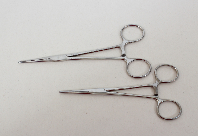 "Pair of Signet Stainless Steel Forceps 6.5"" and 5.75"""