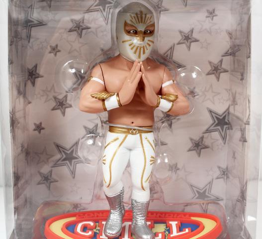 LUCHA LEGENDS Consejo Mundial de Lucha Libre CMLL 6 inch MISTICO Figure