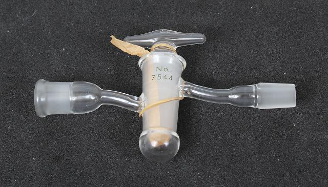 Corning Pyrex Glass V-2 14/20 High Vacuum Stopcock 7544