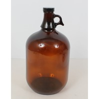 Qorpak Amber Jug. 1 Gallon (128fl oz) with PolySeal Cap 7765B