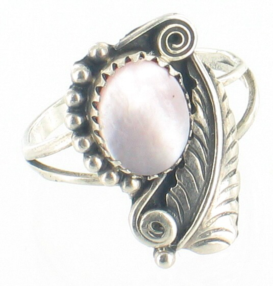 Vintage Navajo Sterling Pink Mother Of Pearl Feather Engraved Ring Signed  Sz 85