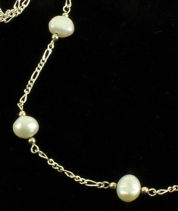 vintage sterling link chain baroque oval luster pearls. Black Bedroom Furniture Sets. Home Design Ideas