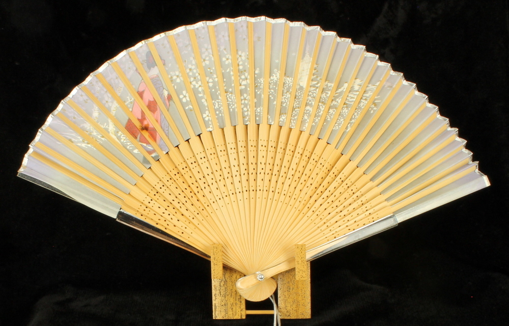 Japanese Fan Stand : Vintage fan japanese hand painted geisha lucite stand nos