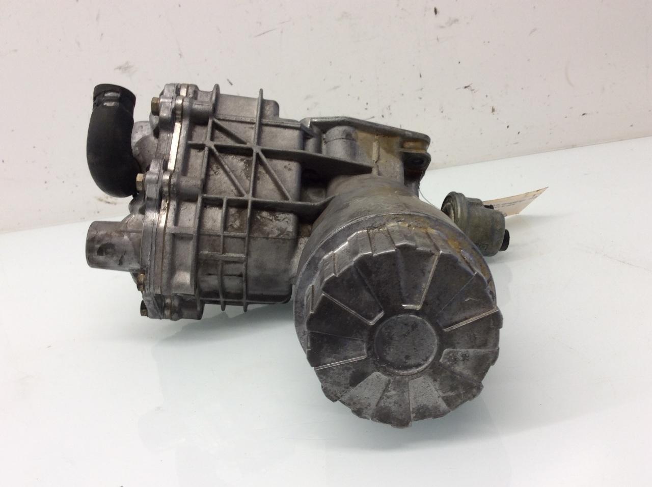 1990 1993 mercedes benz 300sl r129 engine oil cooler for Mercedes benz diesel oil