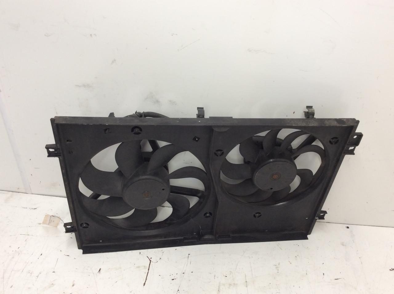 2000 2001 2002 2003 2004 Volkswagen Jetta Radiator Cooling Fan 1j0121207j Crack