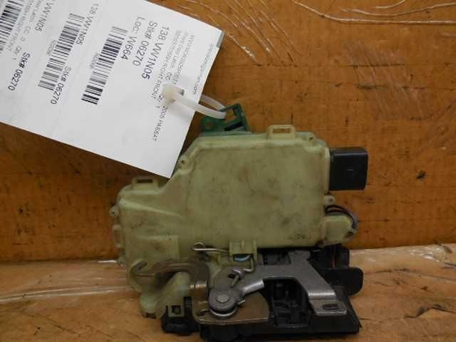 Volkswagen Golf Beetle Passat Right Front Door Latch Lock Clasp 3B1837016BH