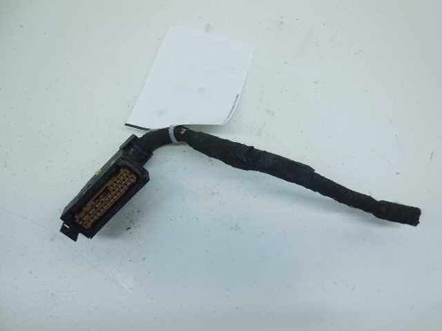 wire harness cutting 99 00 01 volkswagen passat abs antilock brake pump wire ... wire harness plug porsche 911
