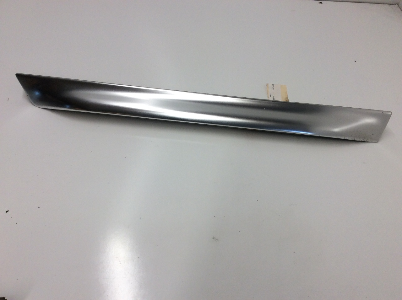 2001 2002 2003 2004 2005 Audi A6 Allroad Right Rear Lower Door Moulding Blade
