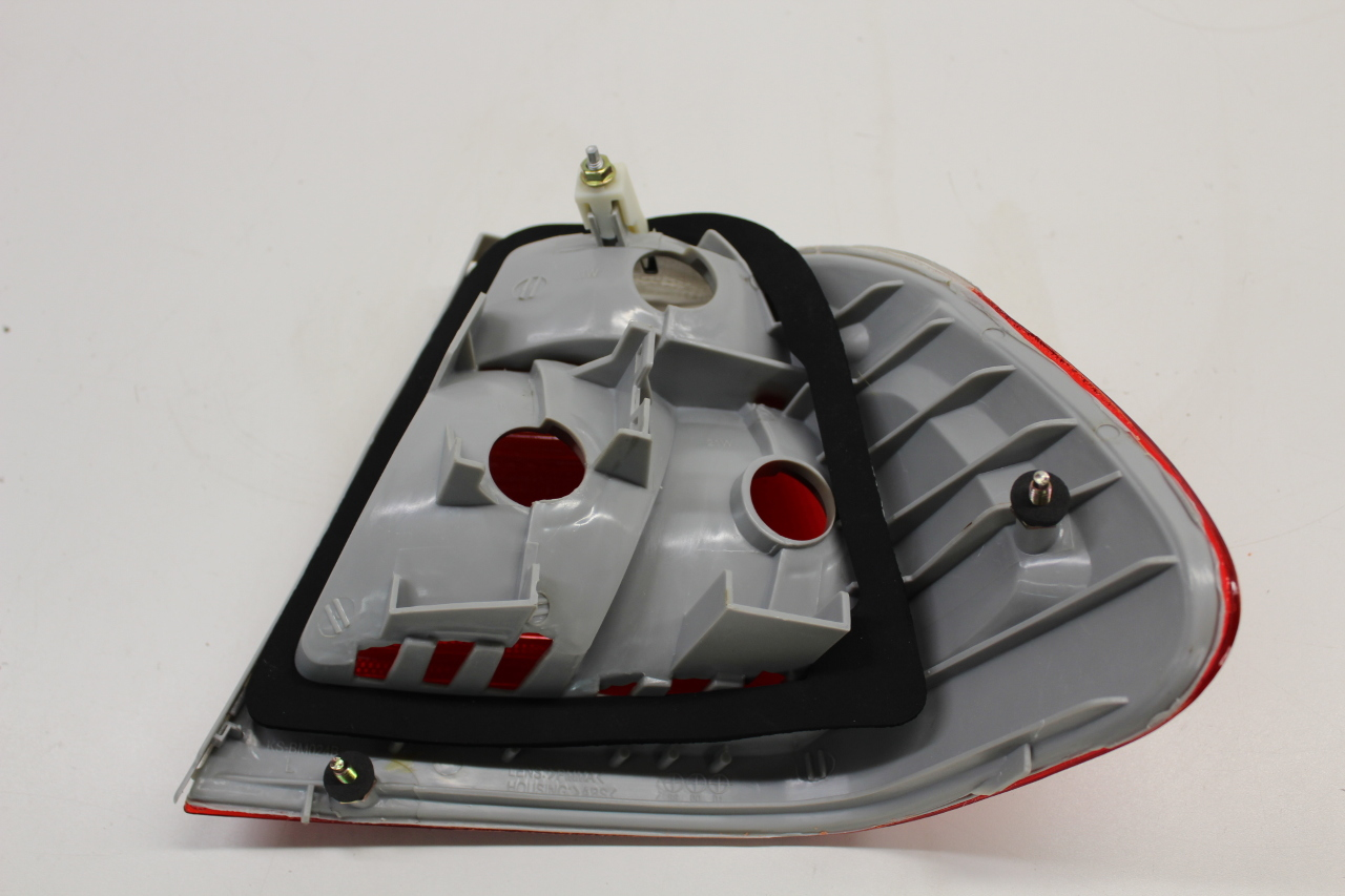 2001 - 2003 BMW 325i 330i M3 Convertible Rear Tail Light ...