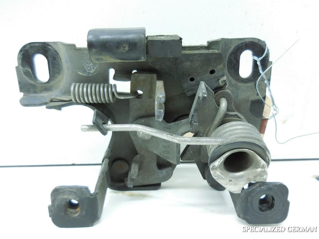 1997 1998 1999 2000 2001 2002 Audi A4 S4 Lower Hood Latch Lock Clasp 8D0823509D
