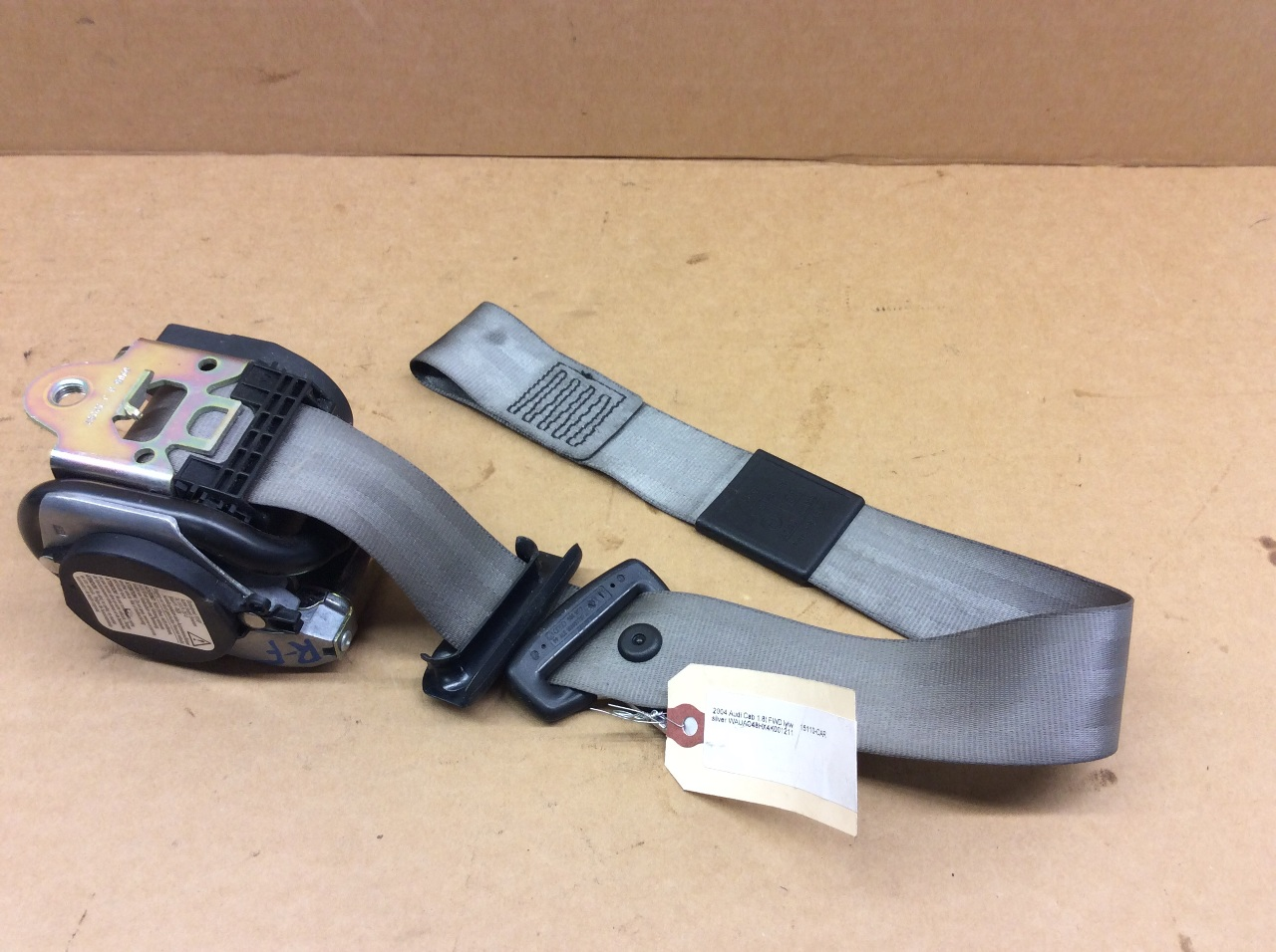2003 2004 2005 Audi A4 S4 Cabriolet Right Front Seat Belt Grey 8H0857706