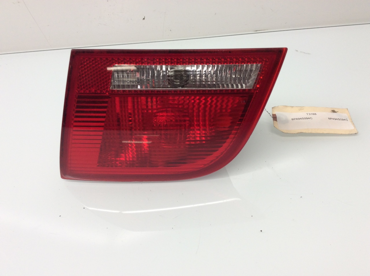 2006 2007 2008 Audi A3 Right Tail Light Lid Mounted 8P4945094C