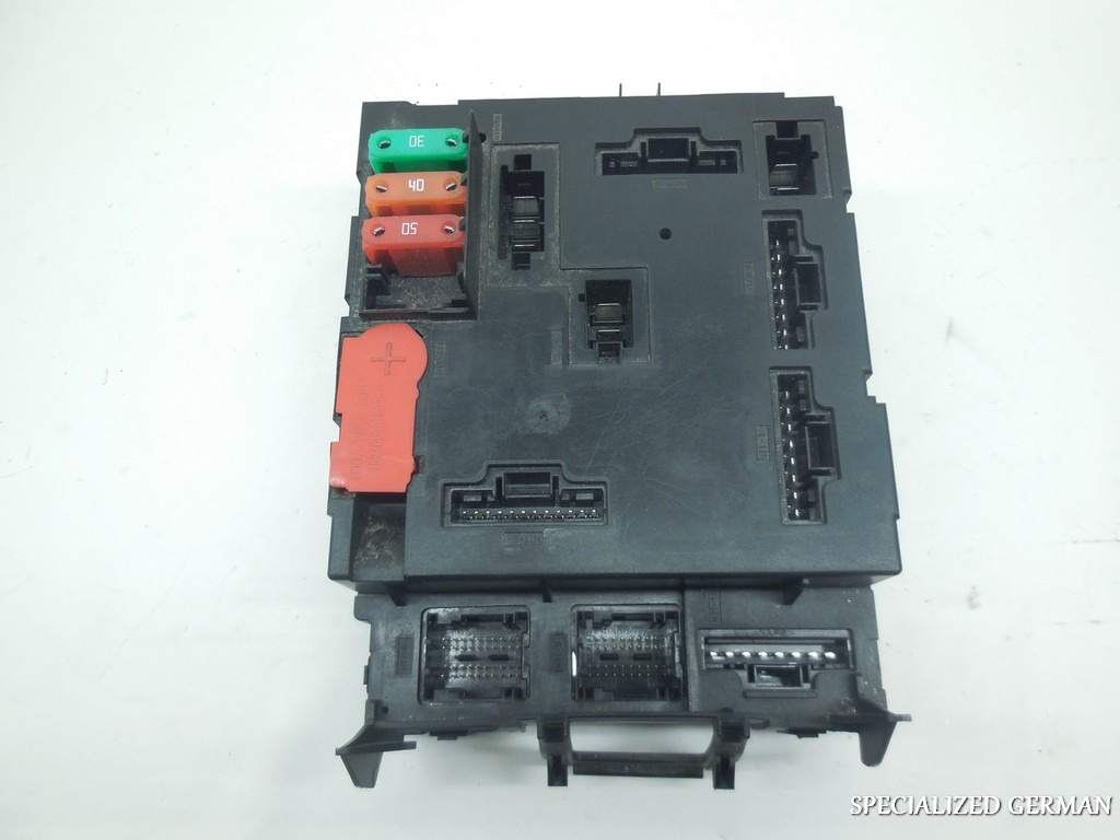 Fuse Box Location Smart Car : Smart fortwo fuse box