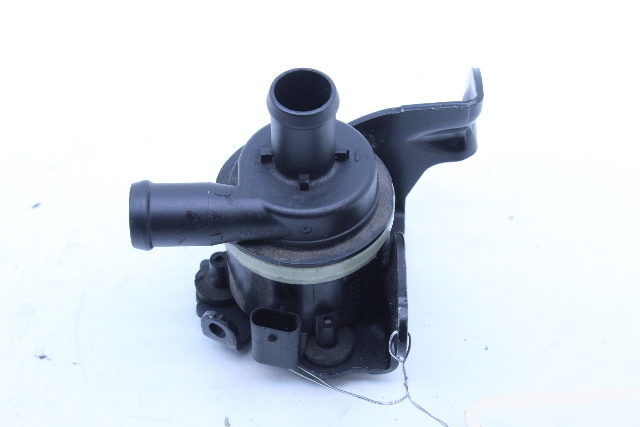 Auxiliary Water Pump For Volkswagen Audi Used OEM 059121012B