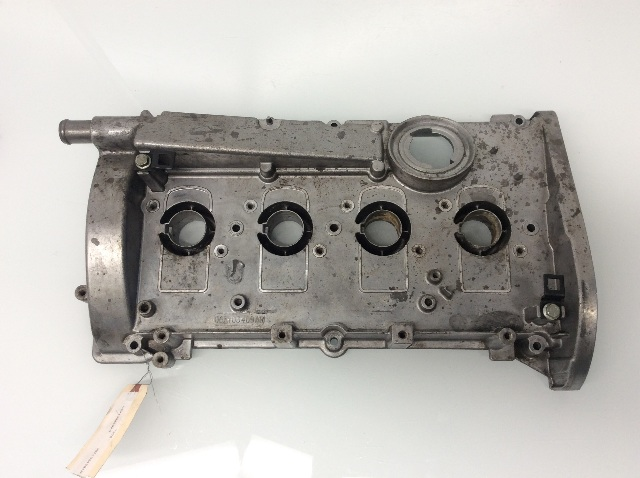 2001 2002 Audi TT 1.8L 180 Horsepower Engine Valve Cover 06A103469AR