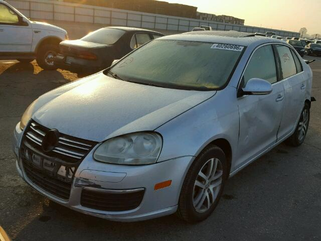 2006 volkswagen jetta tdi silver hit rear specialized german recycling. Black Bedroom Furniture Sets. Home Design Ideas