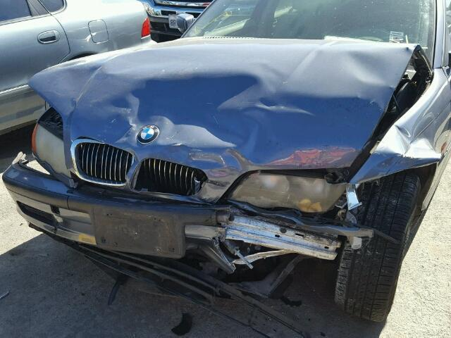 2001 Bmw 325Ci wagon 4Dr/Blue Front Damage
