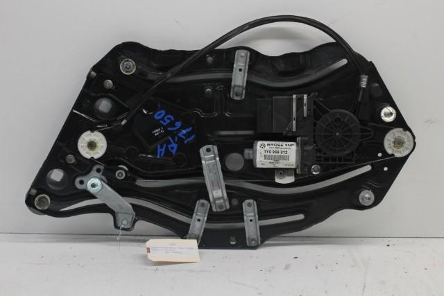 2004 Volkswagen Beetle GLS Convertible Passenger Right Quarter Window Regulator