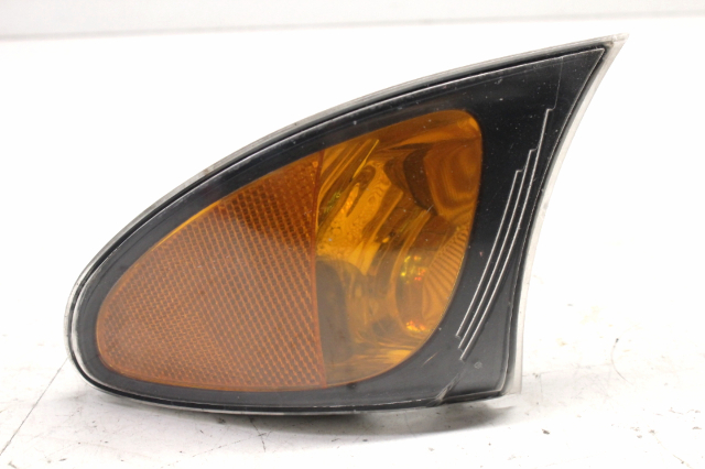2002 BMW 325i Sedan E46 Left Driver Corner Turn Signal Lamp 63136915381