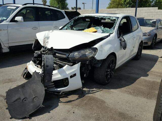 2011 VW GTI, 2.0L,6spd,2dr,white, hit front