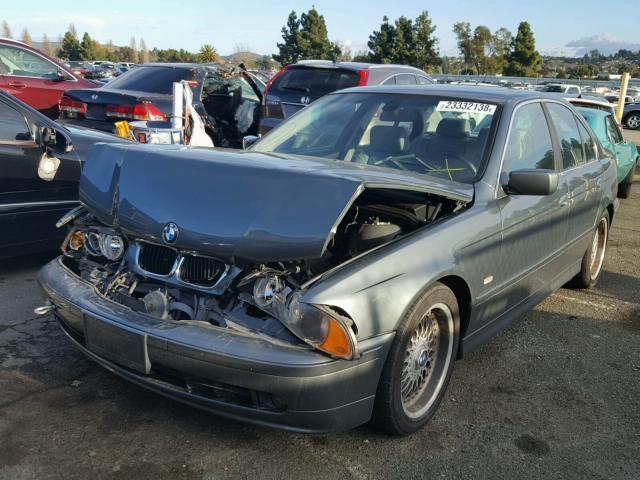 2003 BMW 525i E39 2.5L at Sdn Grey hit front