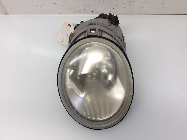 1998 1999 - 2004 2005 Volkswagen Beetle Halogen Headlight Right 1C0941006K