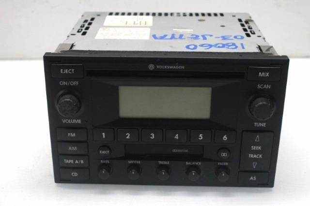 2003 Volkswagen Jetta Radio CD Cassette Radio Player 1JM035157D