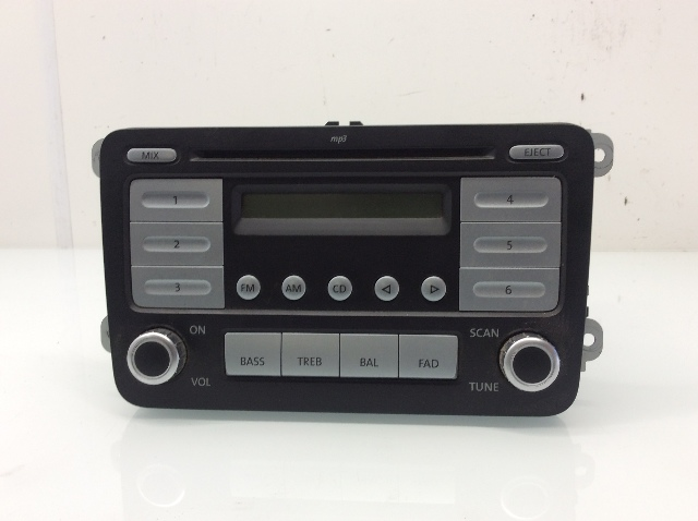 2007 2008 2009 Volkswagen EOS Jetta Rabbit AM FM Radio CD Player 1K0035161B