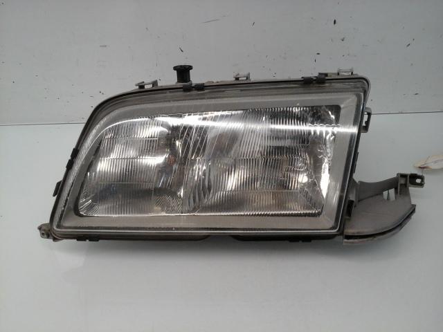1997 1998 1999 2000 Mercedes Benz C230 C280 Left Halogen Head Light 2028202761