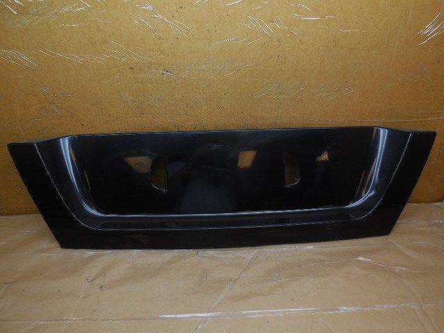 02 03 04 05 Saab 9-5 Trunk License Plate Finish Panel 5283585