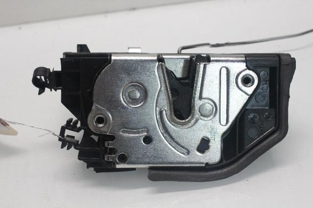2007 Bmw X5 E70 4.8i Premium 4-Door 4.8 V8 Gas Right Passenger Front Door Latch