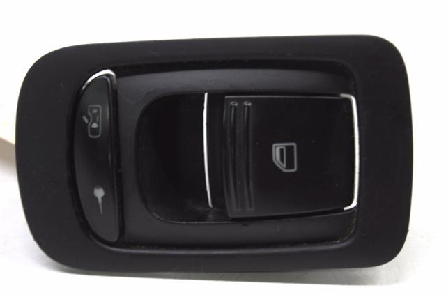 2003 2004 2005 2006 2008 2009 2010 Porsche Cayenne Right Window Switch 7L5959858