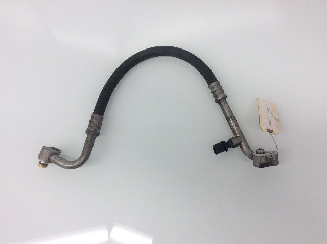 2004 2005 Volkswagen Touareg 4.2L A/C Air Conditioner Discharge Hose 7L6820721H