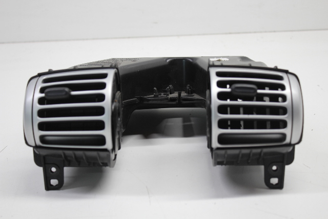2008 2009 2010 2011 2012 2013 Smart Fortwo Center Dash Air Vent 4518300254