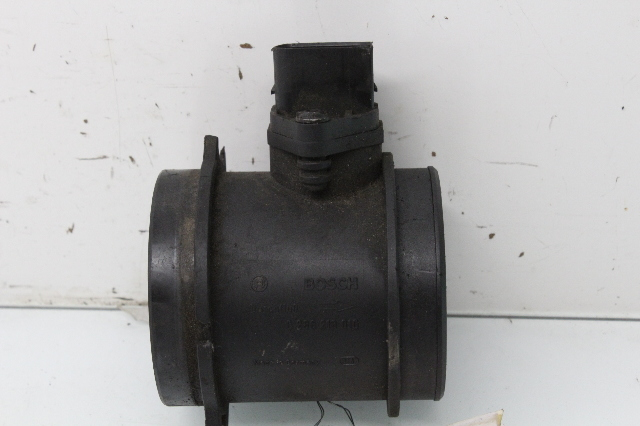 1999 2000 2001 2002 Land Rover Discovery 2 Mass Air Flow Meter MHK100800 Bad Tab