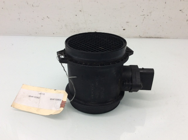 1999 2000 2001 2002 Land Rover Discovery 2 Mass Air Flow Meter MHK100800