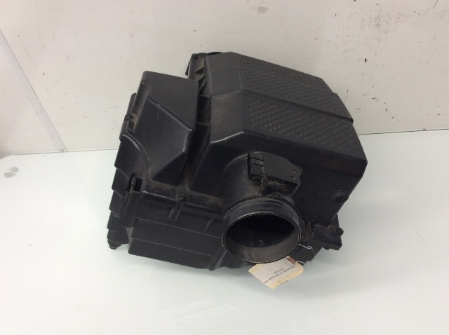 2005 2006 2007 2008 2009 Land Rover LR3 4.4L Air Cleaner Box PHB000476