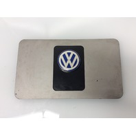 2004 2005 2006 Volkswagen Touareg 3.2L Center Engine Cover 022103935M