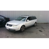 1998 Volkswagen Passat for parts