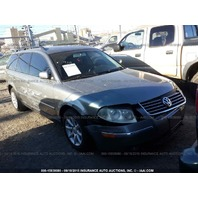 2004 Volkswagen Passat wagon damaged right side 1.8t automatic for parts