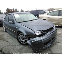 2005 Volkswagen Jetta GLI damaged front and rear grey for parts