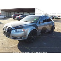 2007 Audi A4 Avant hit rear 2.0t automatic for parts