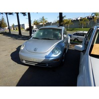2000 Volkswagen Beetle bad transmission for parts silver 1.8t automatic