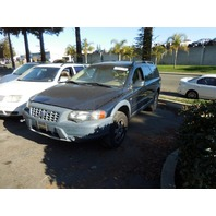2003 Volvo XC70 blue 2.5 automatic all wheel drive for parts